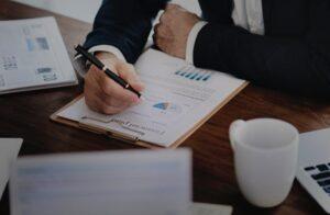 Marketing por dados: tome decisões estratégicas de forma inteligente